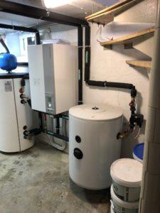 Õhk-vesi soojuspumba siseosa,tarbevee boiler 200L + akupaak 100L